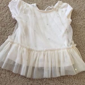 Baby Gap 18m till ruffle top with silver dots